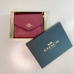 COACH Luxe Minimalist Compact Wallet
